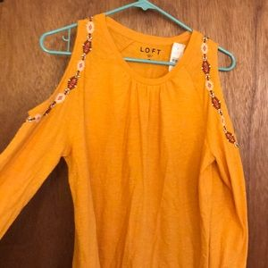 Loft Embroidered Cold Shoulder Tee NWT